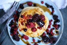 PROTEINRIKE KESAM LAPPER | til frokost og kvelds | Desiree Andersen Scones, Muffins, Oatmeal, Food And Drink, Snacks, Baking, Breakfast, Desserts, Diet