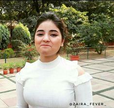 Bollywood Girls, Bollywood Celebrities, Stylish Girls Photos, Girl Photos, Zaira Wasim, Indian Natural Beauty, Actress Priya, Beautiful Girl Indian, Teen Actresses