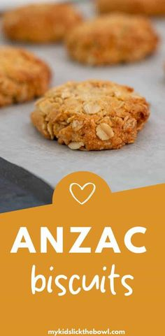 An easy Anzac biscuits recipe, A classic in New Zealand and Australia, a chewy oatmeal cookie perfect to make on Anzac day, or anytime during the year Gluten Free Anzac Biscuits, Easy Anzac Biscuits, Oatmeal Biscuits, Healthy Biscuits, Best Oatmeal Cookies, Vegan Biscuits, Biscuit Cake, Biscuit Recipe, Anzac Cookies Recipe