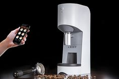 Arist Coffee Machine and Smartphone App by Arist Cafe