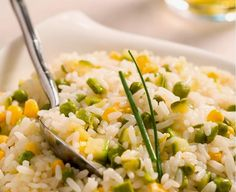 Cantinho Vegetariano: Arroz com Milho, Ervilha e Abobrinha (vegana)