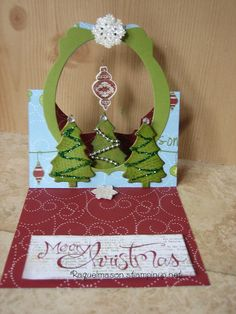 Flying Easel card with Label & Ornaments Framelits, Sassy Sentiments & tree die from Sizzix Chrismas Cards, Christmas Cards To Make, Xmas Cards, Holiday Cards, Christmas Crafts, Pop Up Box Cards, Flip Cards, Fancy Fold Cards, Winter Karten