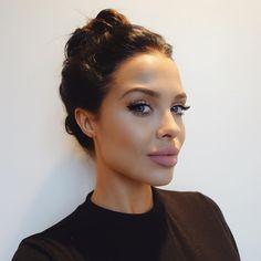 Model Mara Teigen