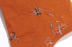 Moth-on-Moth Action: Visible mending on a wool dress – hand-embroidered moths to mend moth holes John Berger, Visible Mending, Wool Dress, Diy Clothes, Moth, Stitch, Sewing, Action, Rust