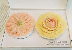 앙금플라워떡케이크 수업에서 만나볼 수 있는 컵케이크입니다. 컬러만으로도 너무나 사랑스러워요. 😻🙈 Beanpaste flower cupcakes. A scabiosa and a big yellow rose on Korean rice cakes. #앙금플라워케이크#flowercake#플라워케이크#앙금플라워떡케익#인천플라워케이크#korenflowercake#생일케이크#원데이클래스#기념일케이크#cakes#weddingcake#koreabuttercream#cakedecorating#송도앙금플라워케이크#감성사진#buttercreamcake#wilton#birthdaycakes#onedayclass#flowers#베이킹클래스#songdo#cakedeco#송도돌케이크#Bungakue #daily#baking#wiltoncakes#bouquet#인천앙금플라워케이크