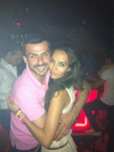 Otra noche mas muy bien acompañado por la guapísima @Ainhoagh5 en #LaPosada @Albertodelacru