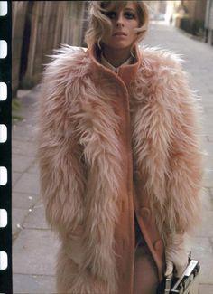 Needing this glam blush fur coat // Jill Kennington photographed by Bob Richardson, 1966. #style #fashion