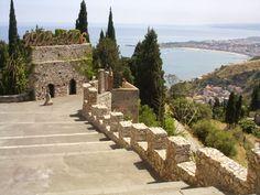 Vista sulla baia di Gairdini Naxos