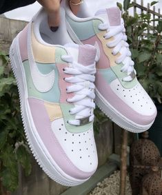 Dr Shoes, Cute Nike Shoes, Swag Shoes, Cute Nikes, Cute Sneakers, Nike Air Shoes, Hype Shoes, Shoes Cool, Sneakers Nike