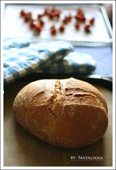Пышный хлеб с проростками пшеницы и семенами льна