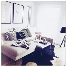 Image via We Heart It https://weheartit.com/entry/145502115/via/27759685 #beautiful #cozy #fashion #home #indoor #instyle #pillows #sealoe