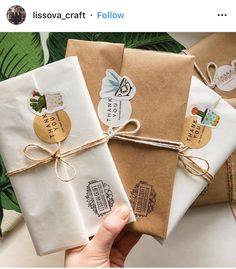 Craft Packaging, Box Packaging, Mail Art Envelopes, Pen Pal Letters, Packaging Design Inspiration, Paper Gifts, Creative Gifts, Diy Gifts, Diy And Crafts