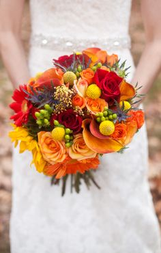 Gorgeous fall bouquet! Love these colors together!