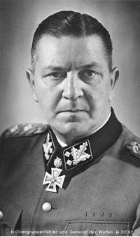 Theodor Eicke (1892-1943), commandant de Dachau de juin 1933 à juillet 1934.