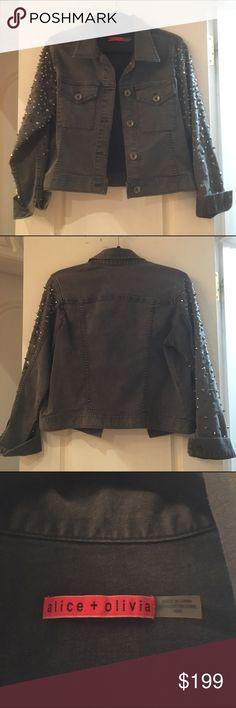 Alice + Olivia studded denim jacket. Size M. Alice + Olivia studded denim jacket. Black jean. Size M. Alice + Olivia Jackets & Coats Jean Jackets