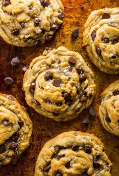 These Vegan Chocolate Chip Cookies are thick, chewy, and loaded with gooey chocolate. No one will guess they're vegan! Desserts The BEST Vegan Chocolate Chip Cookies in the World! Desserts Végétaliens, Brownie Desserts, Vegan Dessert Recipes, Vegan Recipes Easy, Healthy Desserts, Healthy Junk, Healthy Dinners, Recipes Dinner, Healthy Foods