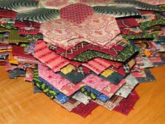 My LB plan :   make ONE Lucy Boston block   each week of the year of 2013,    MyLifeIsAStitch.blogspot.com  Lucy Boston, Patchwork of the...