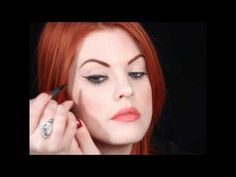 How To: Cat-Eye Liner
