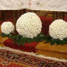 Bolas de flores con margaritas