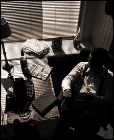 Film Noir, Window, Blinds, and Shadows Animes Emo, Detective Aesthetic, The Wolf Among Us, Style Noir, Private Eye, City Of Angels, Foto Art, Bioshock, The Villain