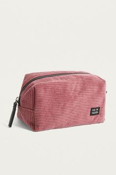 UO – Cord Make-up Tasche – Typical Miracle School Pencil Case, Cute Pencil Case, Pencil Case Pattern, Pencil Bags, Pencil Pouch, Cute Backpacks, School Backpacks, Cool School Supplies, School Accessories