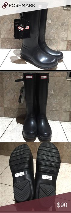 Tall Hunter boots in black Don't buy used boots! Pay the same or less for a pair of Brand New HUNTER boots that you can easily re-sell & get your 💰 back. Comes with box, a little beat up from transportation. These are an amazing fashion statement. Great for rainy days, cloudy days, beach, snow,the woods a trip to the river or just doing yard work ... the possibilities are endless. Bundle and save! Limited supply. Read the about me for reviews, Priced to sell, price is ⚠️Firm⚠️ Im already…