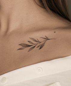 Boho Tattoos, Classy Tattoos, Elegant Tattoos, Simplistic Tattoos, Dainty Tattoos, Leaf Tattoos, Body Art Tattoos, Girl Tattoos, Colar Bone Tattoo