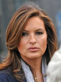 Mariska and minimal make-up