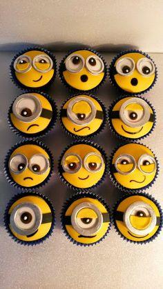 Wonderful Minion Cupcakes !!!!