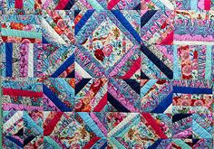 Hapi Quilt - With this free tutorial, you can learn how to make a quilt that is beautiful, unique, and makes a great addition to your home.