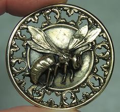 Brass Picture Button Bee Metal