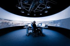 Air Traffic Control From Afar (Wired 19.09)