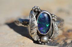 VINTAGE SOUTHWESTERN TRIBAL 925 STERLING SILVER & TRIPLET BLUE OPAL RING #opal