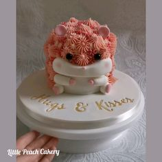 Cute Hamster Cake by Little Peach Cakery with fondant details and buttercream piping. Fondant Flower Cake, Fondant Cakes, Cupcake Cakes, Fondant Bow, Fondant Figures, Fancy Cakes, Cute Cakes, Mini Cakes, Armadillo Cake