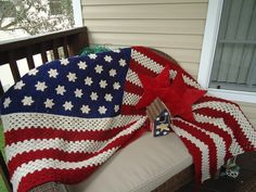 You can also make an american flag fridgie from this pattern you can also make an american flag fridgie from this pattern instructions are included on the same page american flag pinterest flags and afghans dt1010fo