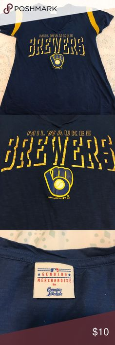 Milwaukee Brewers top Like new - lettering in perfect condition - barely worn MLB Tops Tees - Short Sleeve
