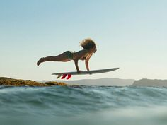 Surfing holidays is a surfing vlog with instructional surf videos, fails and big waves Surf Girls, Female Surfers, Sup Stand Up Paddle, Into The Fire, Kayak Fishing, Fishing Tips, Surf Style, Burton Snowboards, Surfs Up