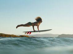 #AkelaSurf photo Girl Surf Network