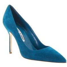 I'm lusting over these Manolo Blahnik Teal Suede pumps!