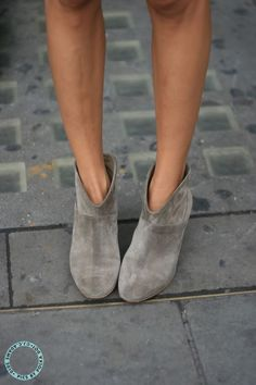 grey suede booties by Maje || roadtrip 23
