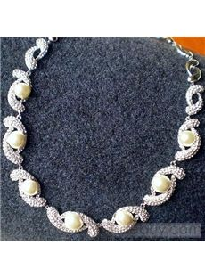 Sumptuous Twist Silver Inlaid with Pearl Necklace