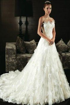 Intuzuri Costura - Anais - 2013 Wedding Dress