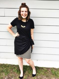 LuLaRoe Carly dress knotted up over a Cassie pencil skirt. Does it get any easier?// Facebook: LuLaRoe.Lauren.Burgess