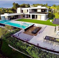 Modern architecture house design with minimalist style and luxury exterior and interior and using the perfect lighting style is inspiration for villas mansions penthouses Luxury Modern Homes, Luxury Homes Dream Houses, Modern Mansion, Dream Home Design, Modern House Design, Modern Exterior, Exterior Design, Dream House Exterior, Villa Design