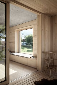 Blackened timber house interior by Bernardo Bader Architekten (Architecture) Timber House, Wood Interiors, House Extensions, Bay Window, Window Sill, Interior Design Living Room, Interior Architecture, New Homes, Windows