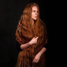 Long Red Hair, Long Locks, Layered Cuts, Female Images, Long Hair Styles, Beauty, Beautiful, Instagram, Women