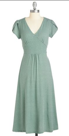 Word to the Blithe Dress in Sage