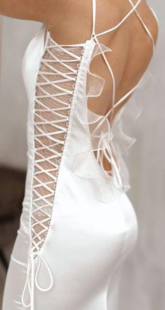 Wedding Lace, Lace Weddings, Trendy Wedding, Dream Wedding, Wedding Dress Trends, Designer Wedding Dresses, Sexy Gown, Alternative Wedding Dresses, Bridal Fashion Week