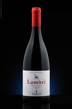 Lamùri Nero D'Avola, Sicilian red wine.