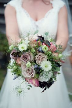 beautiful rustic wedding bouquet flowers, image by Sara Reeve Photography http://www.sarareeve.com/